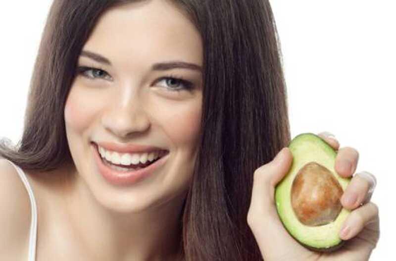 25 koristi in uporabe avokada za kožo, lase, zdravje in lepoto