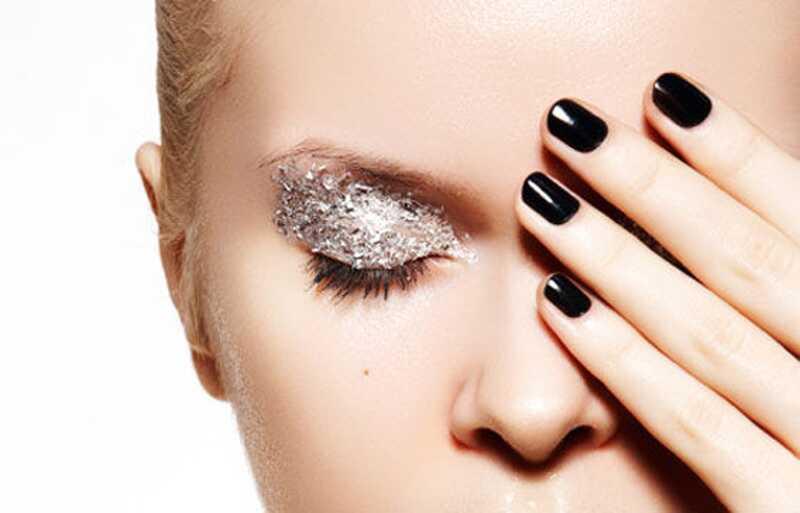 8 musia mať makeup produkty pre dievčatá, ktoré sú nové make-up