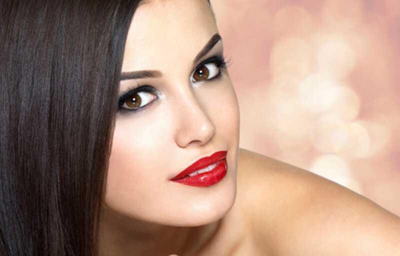 10 lepih nasvetov za lepoto, ki poenostavljajo vaše lepotne rutine