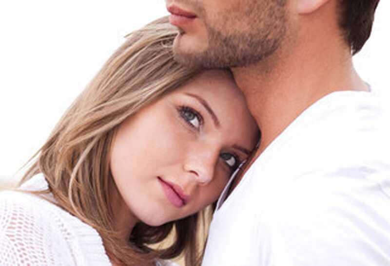 8 asjad, mida tüdrukud teevad, panevad poisid ära (naiste suhte nõustamine)