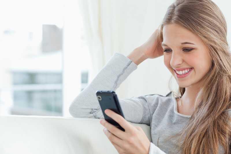 Kako flirtati z besedilnimi sporočili? 8 flirting nasvetov