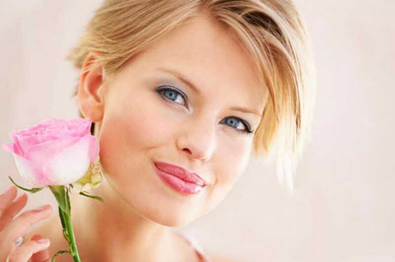 10 tipov na make-up a triky pre blondínky, ktoré vám urobia bombu