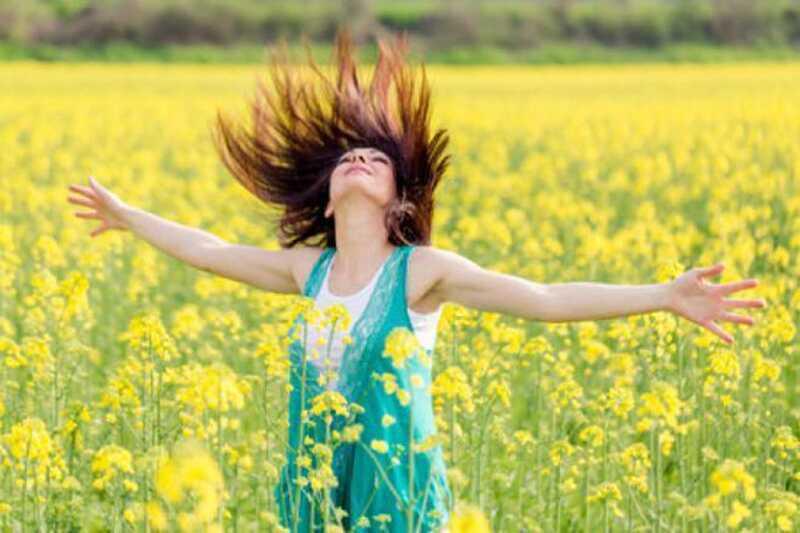 Hoe gelukkig te zijn? 10 geheimen tot levenslang geluk dat jouw leven zal veranderen