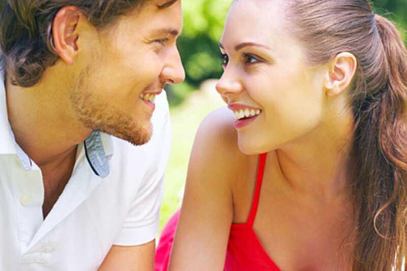 Шта момци примећују прво о девојкама? 10 ствари